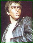 Peter Gabriel als 'Rael'